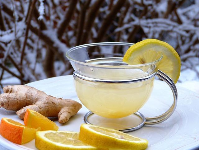 Ingwer Zitronen Tee zum Entgiften