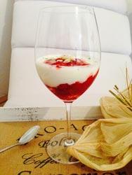 erdbeer-rhabarber-dessert