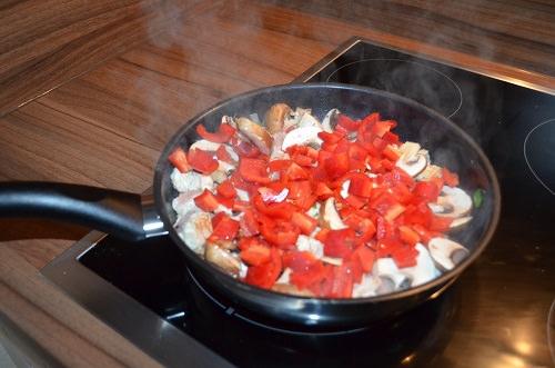 low-carb-paprika-putengeschnetzeltes-zubereitung